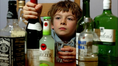 En México algunos niños comienzan a consumir bebidas alcohólicas desde los 10 años