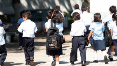 Al día en 3 minutos | Inicia ciclo escolar y el Gobierno no aprende a educar