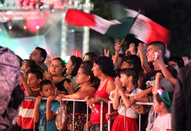 Anuncia Gobierno Fiestas Patrias austeras | Lucero cobrará 1 millón 600 mil pesos