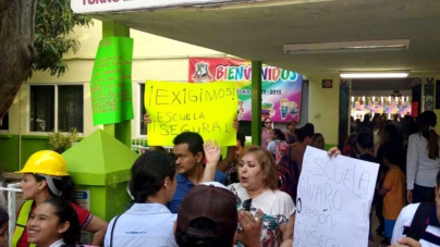 Toman medidas ante riesgo de derrumbes en la primara Álvaro Obregón de Culiacán