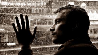 Húmeda nostalgia | ¿Por qué nos sentimos tristes cuando llueve?