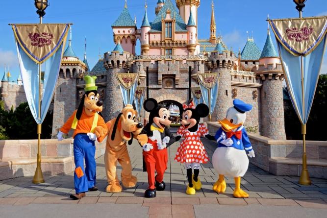 UAS y Disney brindarán a alumnos oportunidad de prácticas profesionales en Orlando