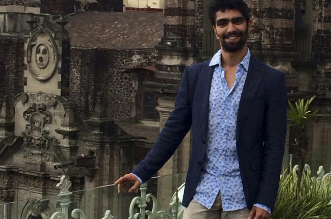 Entrevista al poeta César Cañedo | Loca, un poemario donde la jotería sigue incomodando