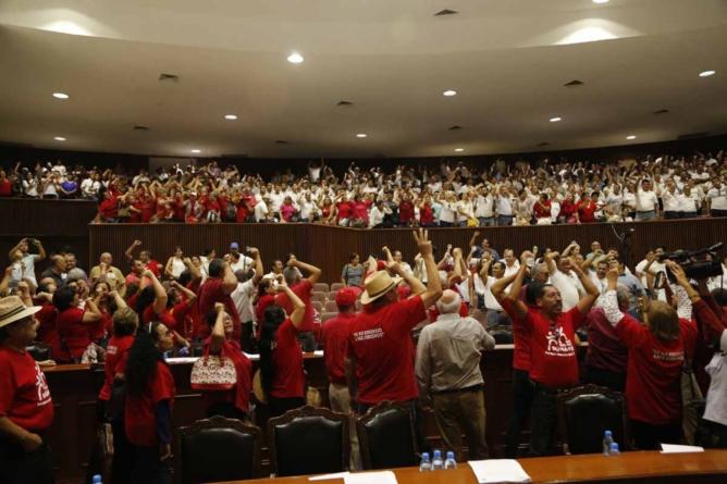 Reporte ESPEJO | El Congreso; ¿quién pondrá la cordura?