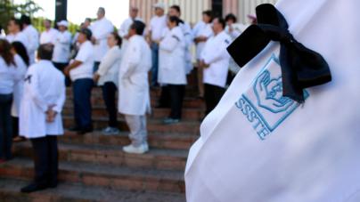 Reporte ESPEJO | Día del Médico en Sinaloa: duelo, miedo y fiesta