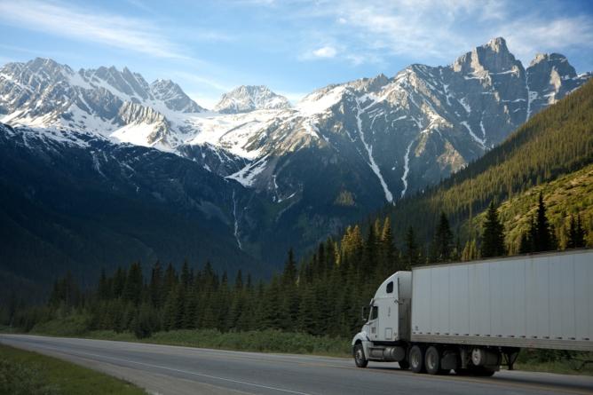 ¿Día de qué? | Camioneros, eslabón fundamental de la industria nacional
