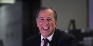 Meade Kuribreña | Economista, abogado y presidenciable