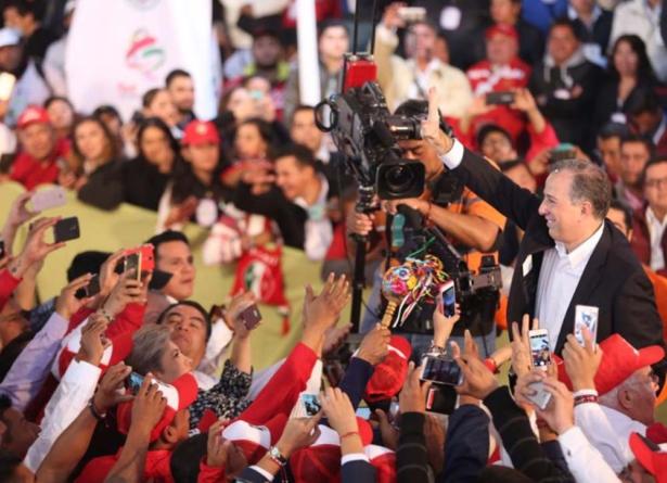 Registra Meade precandidatura presidencial por el PRI | 'Vamos a ganar', asegura