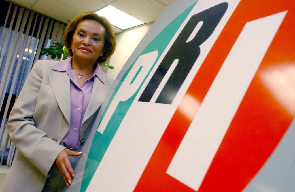 Entrevista con la secretaria general del PRI Elba Esther Gordillo