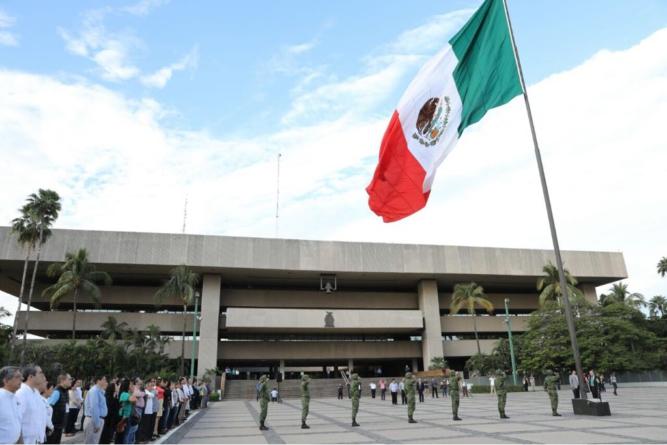 Reporte ESPEJO | Pese a críticas, sigue la confianza en el Ejército