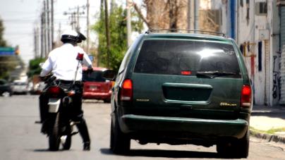 SSP pide a municipios sanción a vehículos que circulen con una sola placa