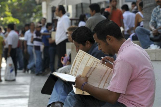 Desempleo aumenta 0.3 por ciento en julio; llega a 3.6por ciento