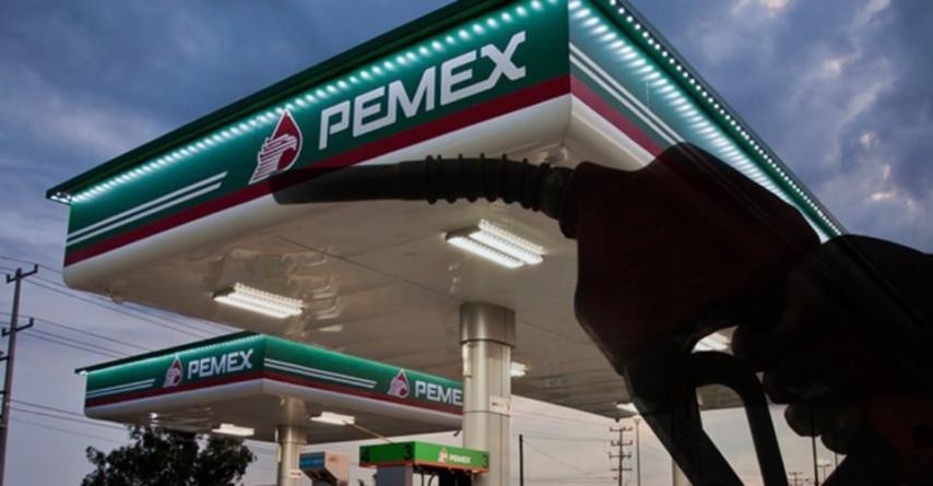 Estos son los 4 impuestos que pagas por cada litro de combustible