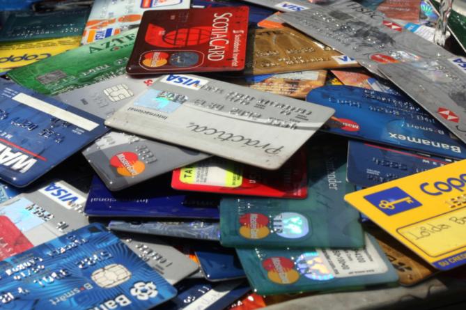 Con los créditos, menos es más   ¿Conoces los 5 errores más comunes al usar tu tarjeta de crédito?