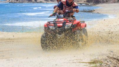 Cuatrimotos y razors: velocidad, adrenalina y peligro durante Semana Santa