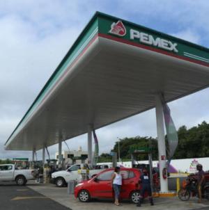 Gasolineras deberán hacer visibles precios y número de permiso a partir de mayo