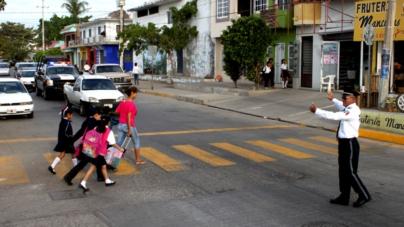 Niños peligran en cruceros escolares de Culiacán; actúan para reducir riesgos