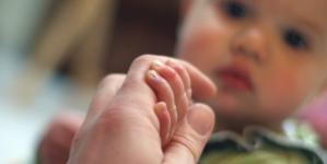 Aprueba Senado licencias laborales para padres de niños con cáncer