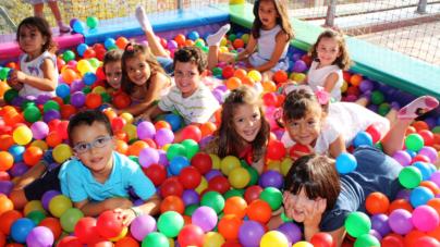 Pequeños torbellinos | ¿Por qué no se cansan los niños?
