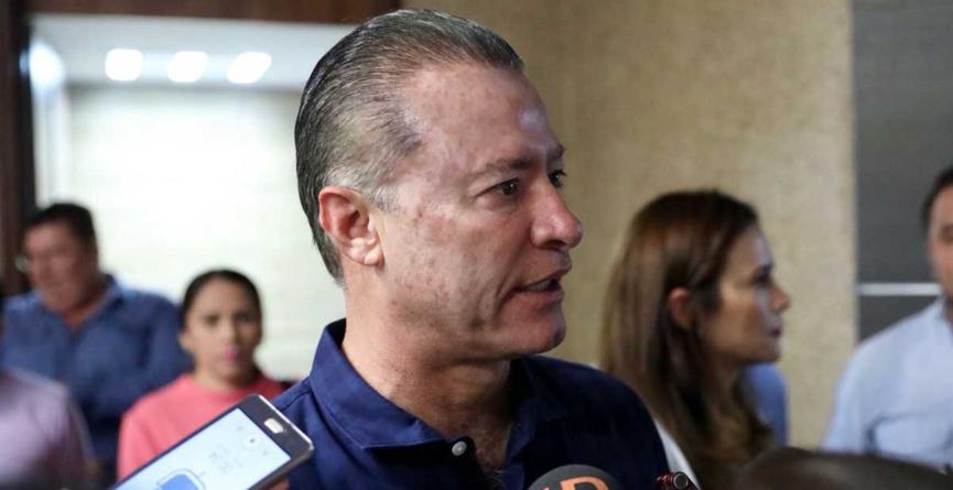 El viernes se instala mesa de distensión política, 'pero Sinaloa está tranquilo', dice Quirino Ordaz