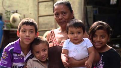 28.5% de los hogares en México tienen como jefas de familia a una mujer: Inegi