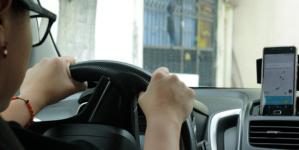 Obligará Uber a sus conductores a cumplir con pago de impuestos