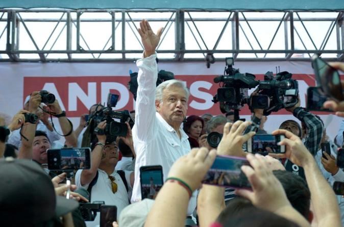 'Destapa' AMLO a Raúl Elenes Angulo como titular de la Conapesca