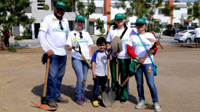 Coppel siembra conciencia y rehabilita parque en Valle Alto