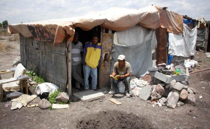 """""""Falta poquito"""" para que 33 mil sinaloenses dejen pobreza extrema para solo ser pobres, dice el Coneval"""