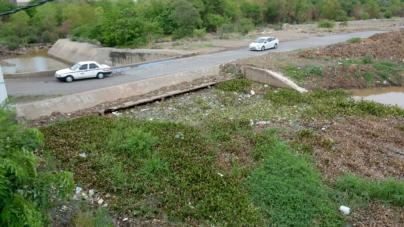 La basura que va a parar a los ríos y canales entorpece la potabilización del agua: Japac