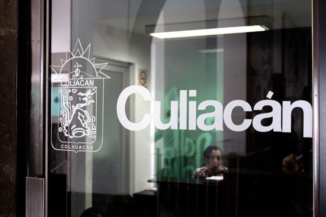 Efecto ESPEJO | Culiacán pide más dinero, sin pagar lo que debe