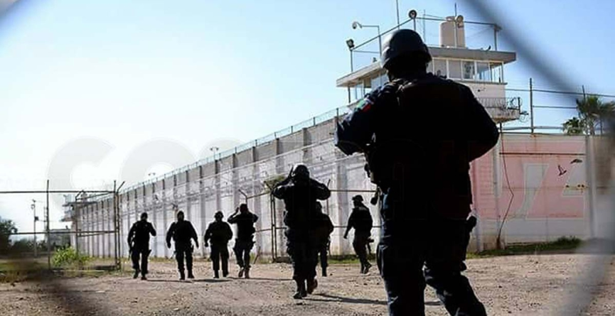 Vestidos de custodios y por la puerta, escapan del penal de Aguaruto dos peligrosos reos
