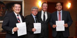 Efecto ESPEJO | Premios de consolación a Jesús Valdés y Álvaro Ruelas