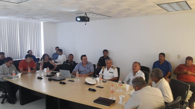 Coordinarán esfuerzos para combatir pesca ilegal en Sinaloa