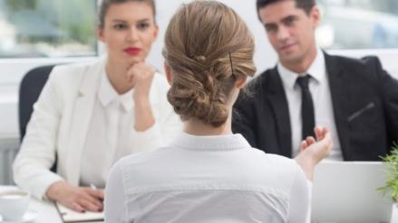 Por esto no te contratan |  La 'habilidad' que debes eliminar de inmediato de tu currículum