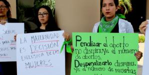 Feministas Alteradas Sinaloenses piden aborto legal y seguro al Congreso