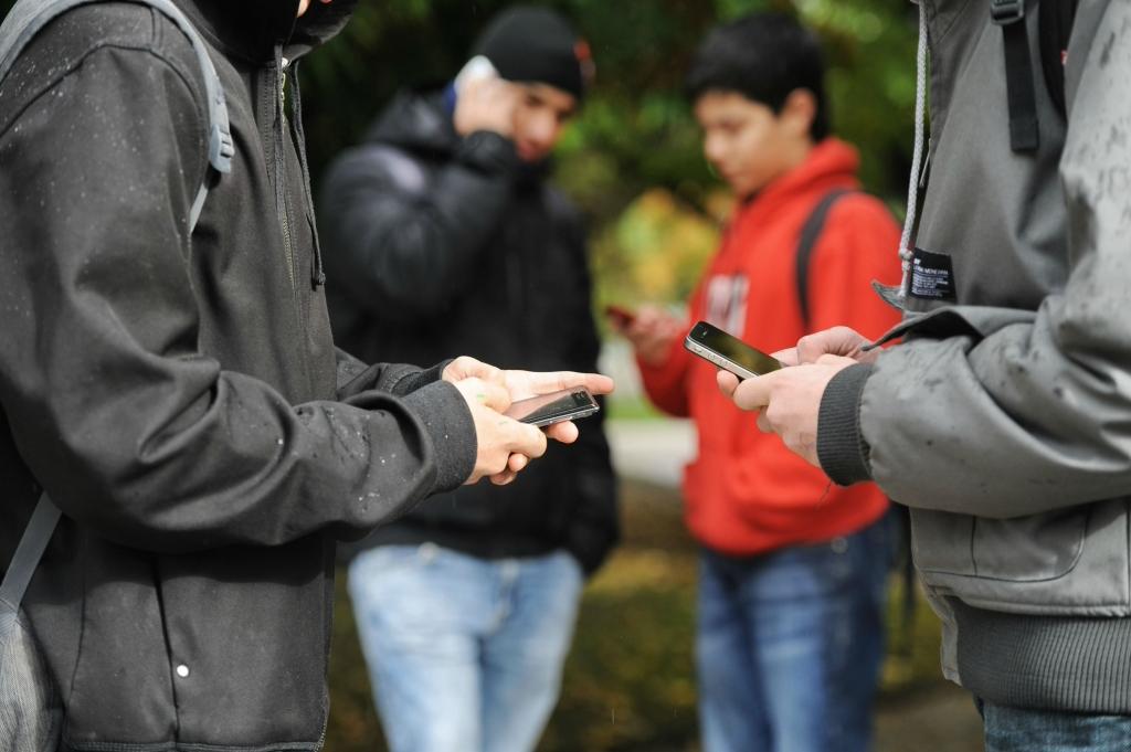 redes sociales y adolescentes, smartphons, vitoria  15/11/2013 foto iosu onandia