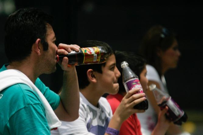 Un estudio de la UNAM revela relación entre consumo de refrescos y el cáncer