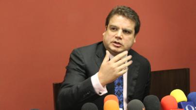 Reafirma Roberto Cruz 'moches' de 300 mil pesos por reformas constitucionales