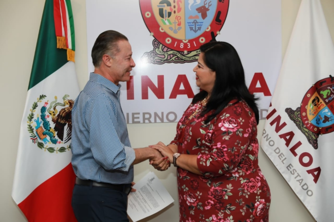 Rosa Elena Millán Bueno es la nueva directora del Seguro Popular