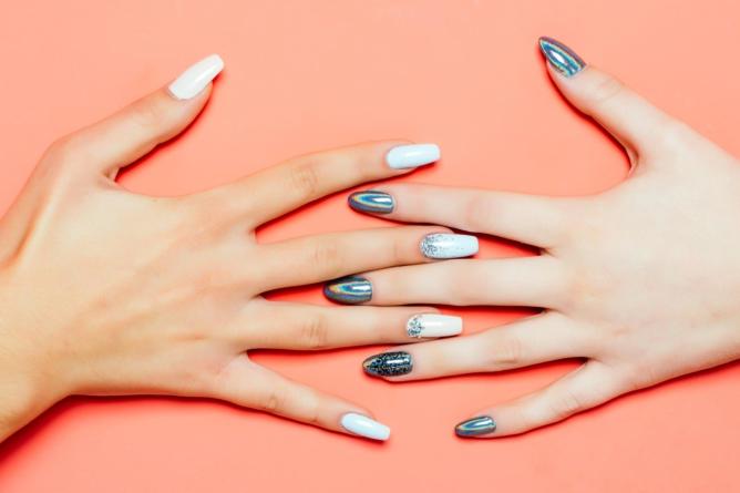 IMSS alerta sobre la aplicación de gelish en uñas y el cáncer de piel