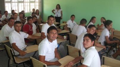 INEA buscará y alentará a jóvenes para que retomen sus estudios