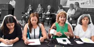 Feministas exigen al Congreso una real discusión sobre la interrupción del embarazo