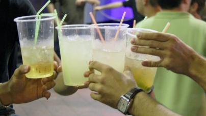 Desde los 14 años jóvenes ya consumen alcohol y tabaco en México: Encodat