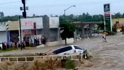 Todos los arroyos, canales y drenes de Culiacán se han desbordado