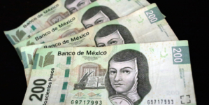 'Ganar, ganar' o 'perder, perder' | ¿Qué pasa si te cae un billete falso y decides llevarlo a un banco?