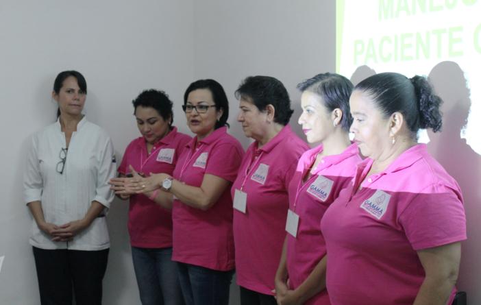 Octubre rosa   Grupo Gamma recibe conferencia sobre el 'Manejo de dolor'