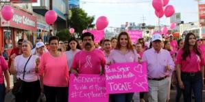 Octubre rosa | Marchan en Culiacán por el Día Mundial Contra el Cáncer de Mama