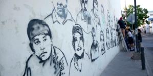 Pintan mural con rostros de desaparecidos en Sinaloa
