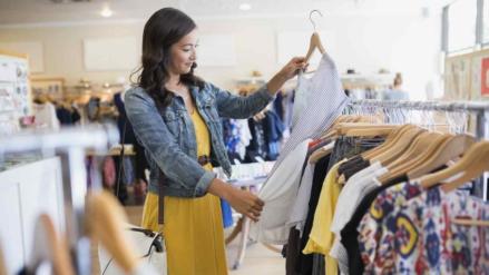 Lo dice la ciencia | Ir de compras ayuda a las mujeres a bajar de peso